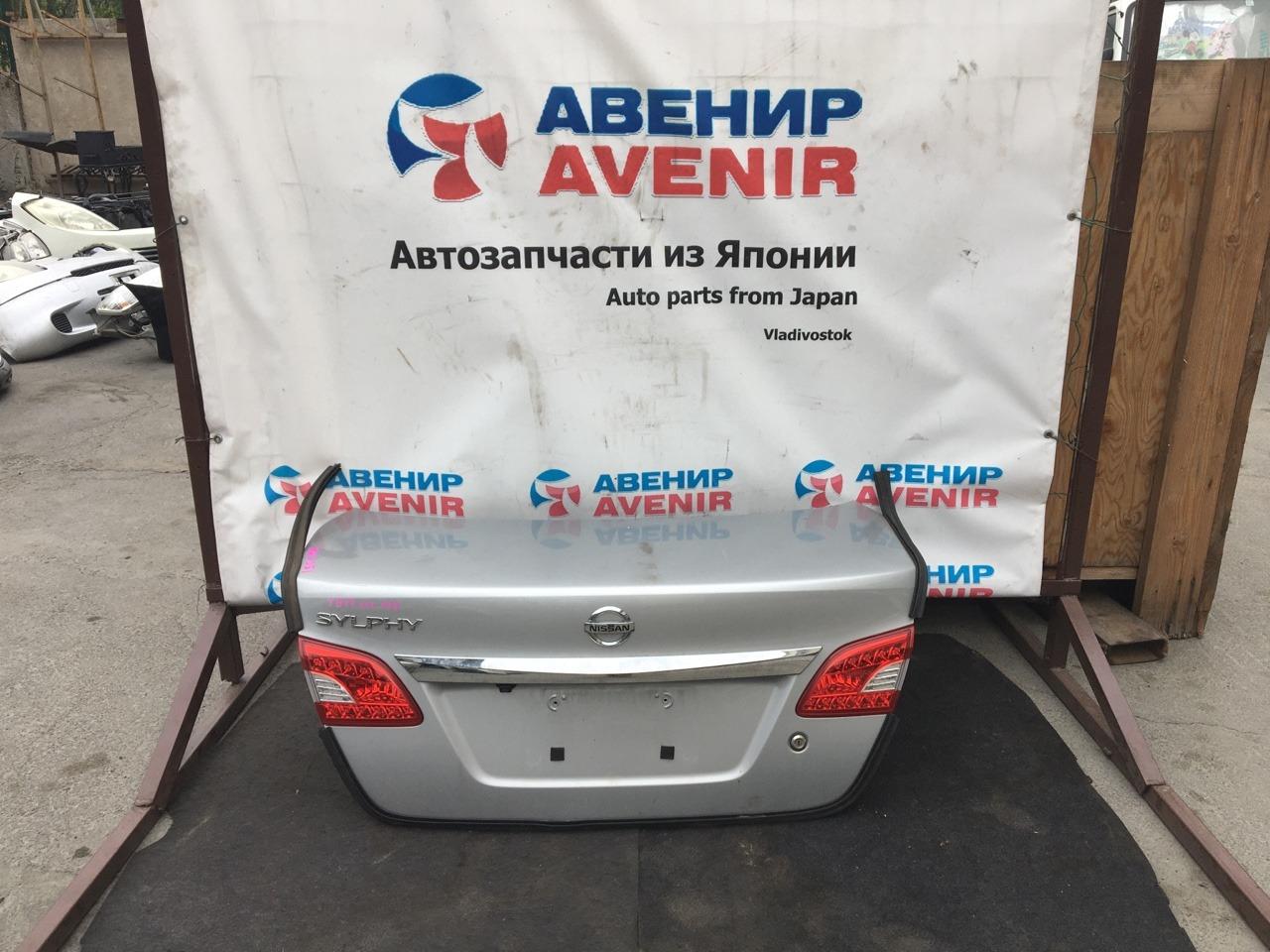 Крышка багажника Nissan Bluebird Sylphy TB17
