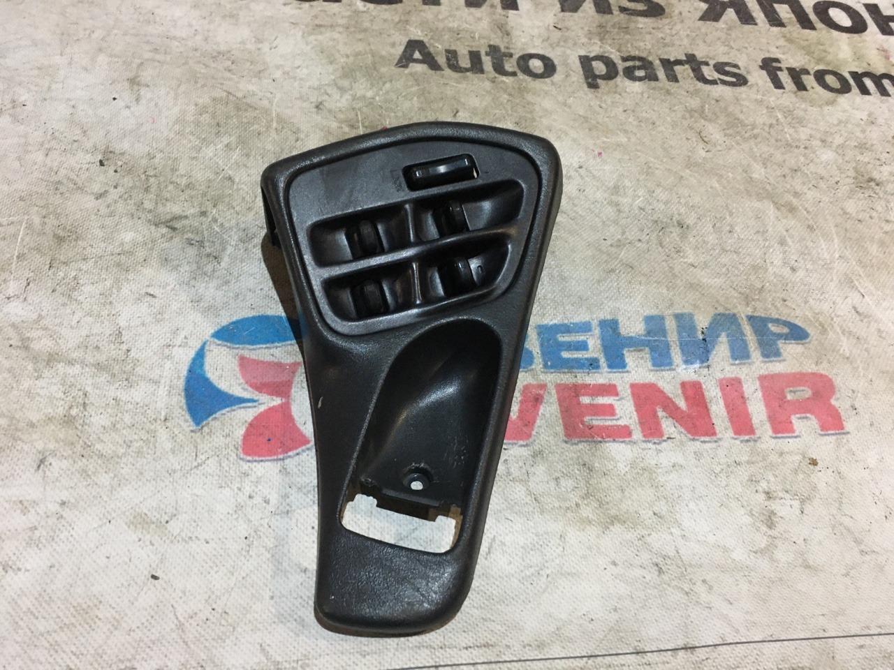Блок управления стеклами Subaru Legacy BD2 передний правый