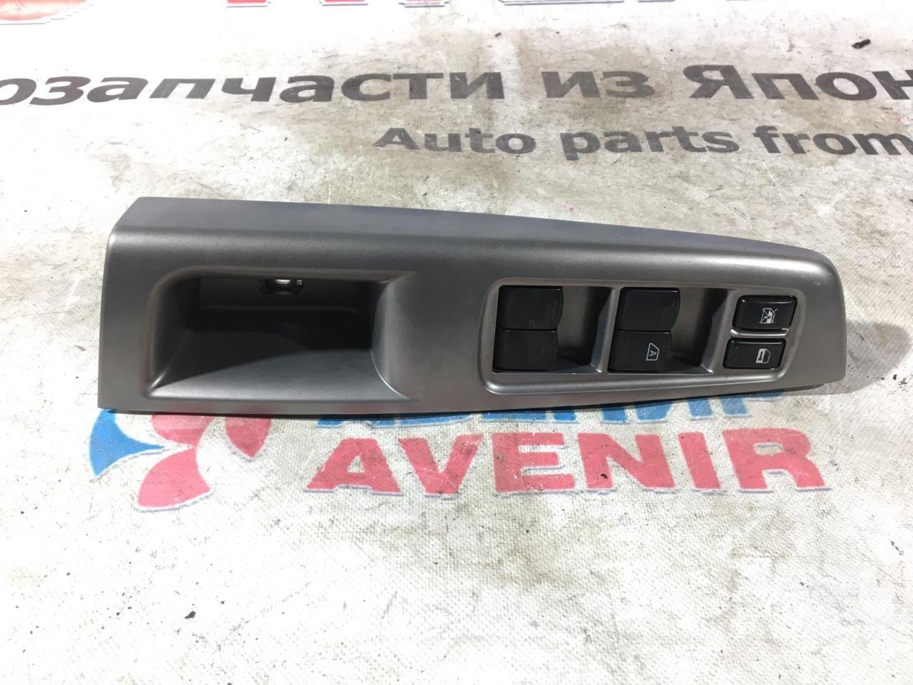 Блок управления стеклами Subaru Forester SH5 передний правый