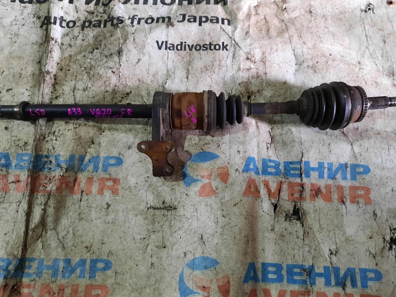 Привод Nissan Cefiro A33 VQ20 передний правый