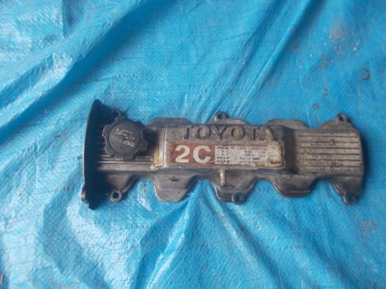 Клапанная крышка Toyota 2C
