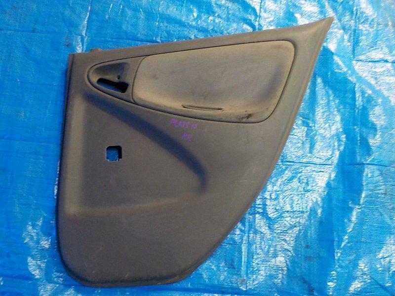 Обшивка дверей Toyota Platz SCP11 задняя правая