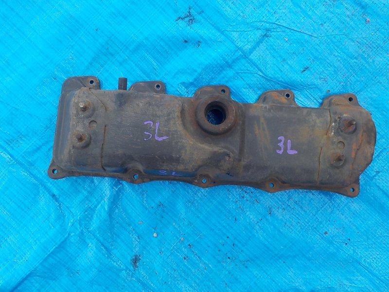 Клапанная крышка Toyota 3L