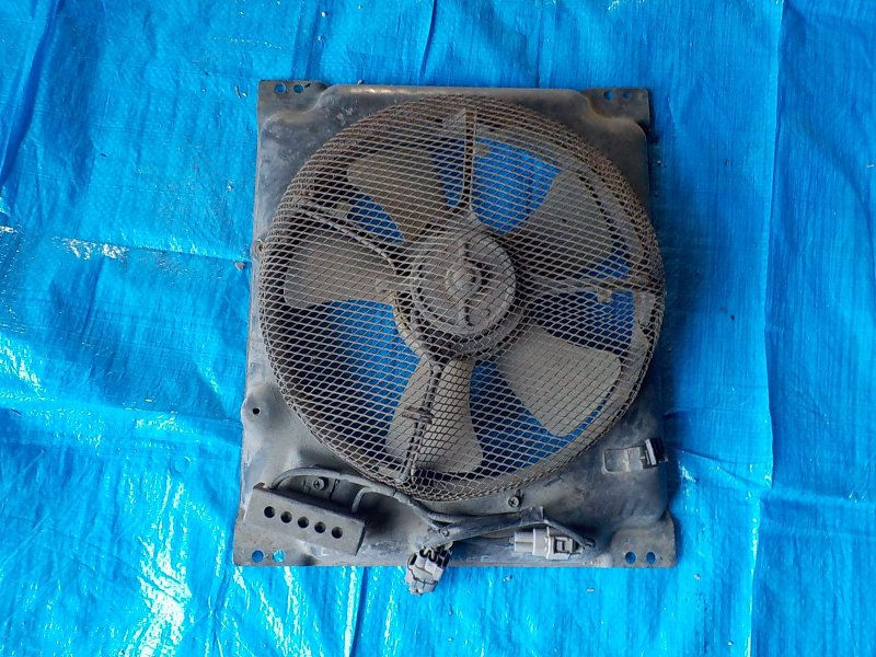 Вентилятор радиатора Toyota Hiace LH168V 5L