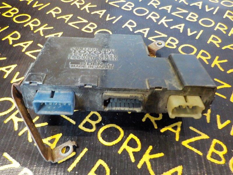Блок управления кондиционером Toyota Crown GS130 1GE