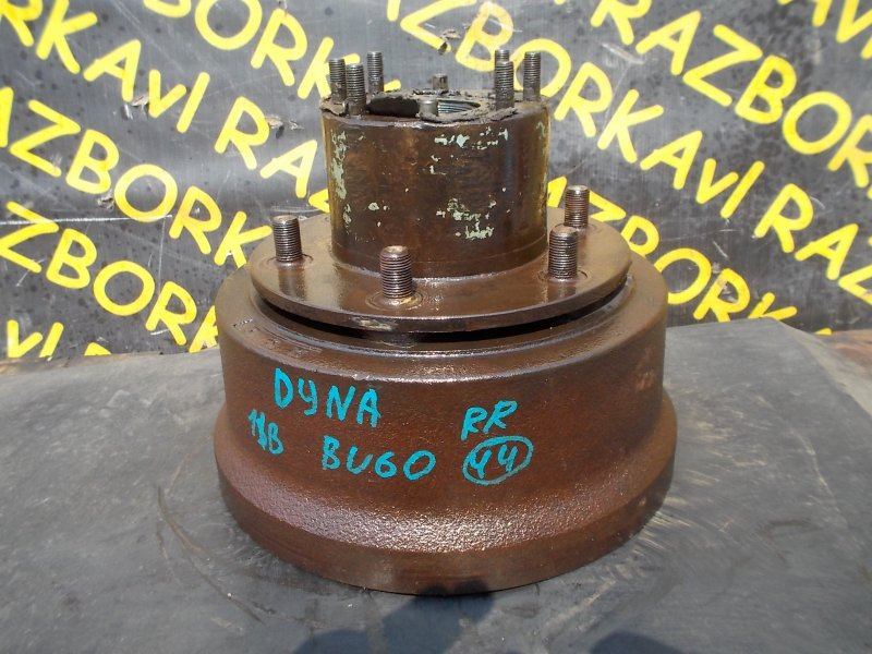 Тормозной барабан Toyota Dyna BU60 11B задний правый