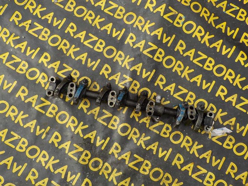 Вал коромысел Nissan Atlas R8F23 QD32