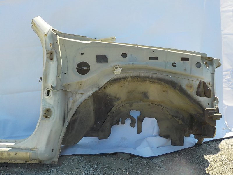 Лонжерон Isuzu Bighorn UBS25DW 4JG2 передний правый