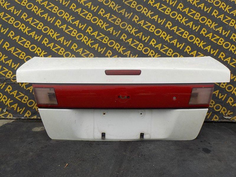 Крышка багажника Nissan Sunny FB14 задняя
