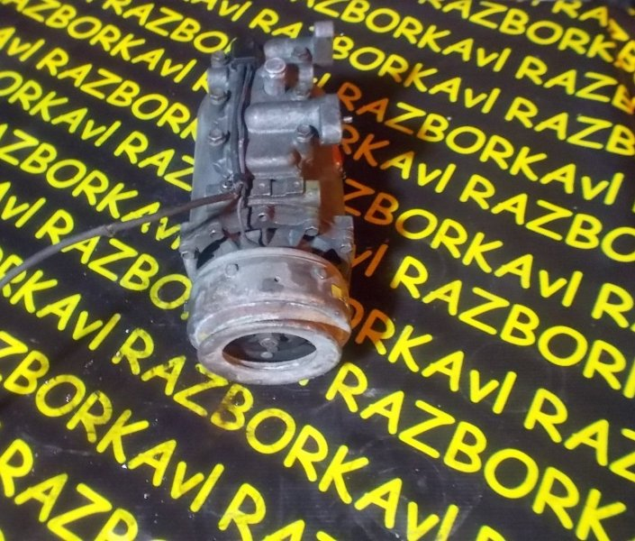 Компрессор кондиционера Mitsubishi Rvr N28W 4D68