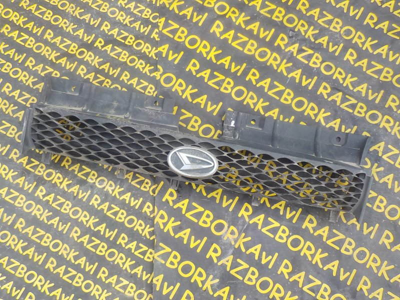 Решетка радиатора Daihatsu Max L950S EFVE передняя