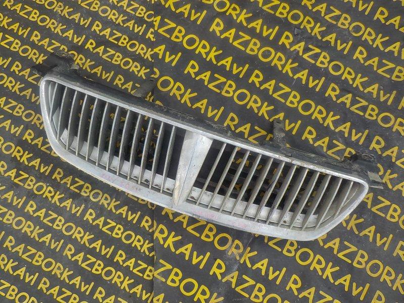 Решетка радиатора Nissan Bluebird Sylphy FG10 передняя
