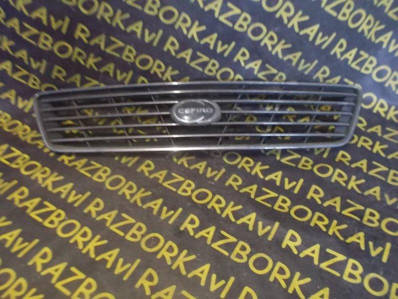 Решетка радиатора Nissan Cefiro A32 VQ25DE 1994 передняя