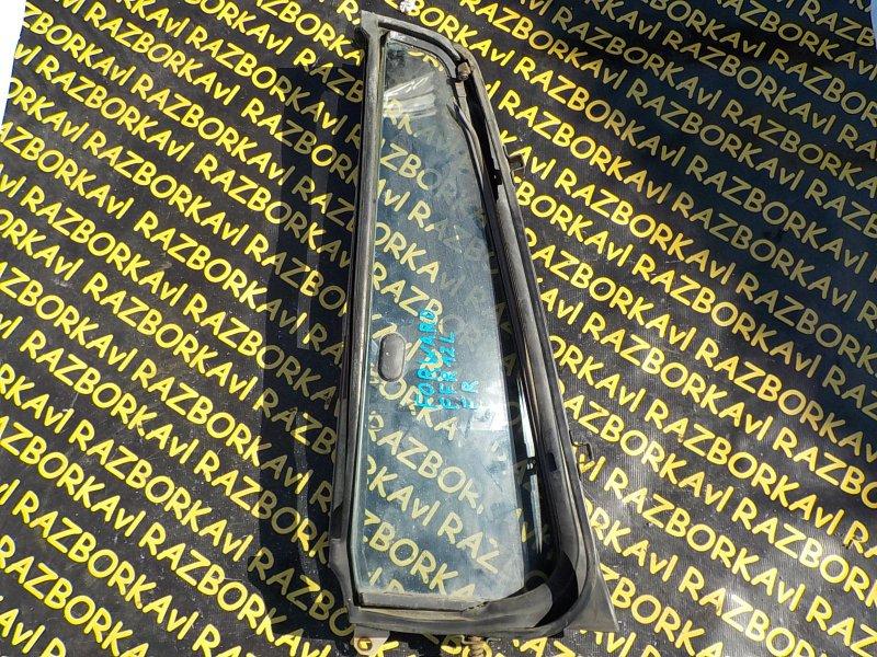 Форточка двери Isuzu Forward FRR12 6BG1 передняя правая