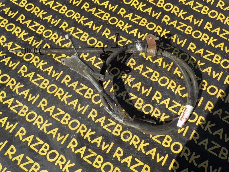 Тросик ручника Nissan Tino HV10 SR20DE задний правый