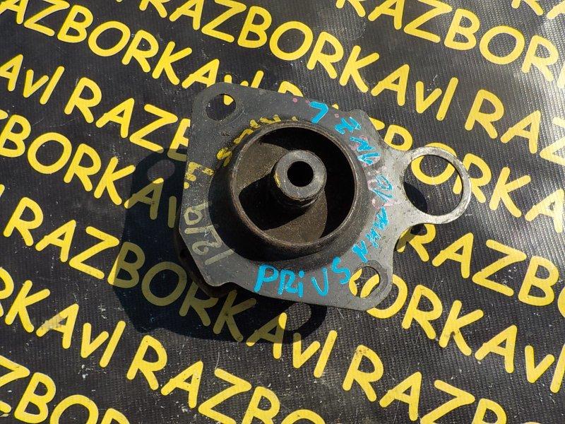 Подушка двигателя Toyota Prius NHW10 1NZFXE левая