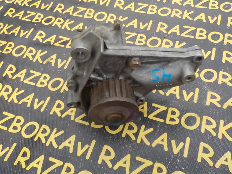 Помпа Toyota Carina SV30 4SFE