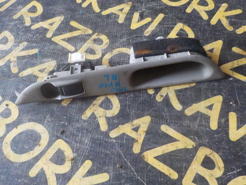 Пульт стеклоподъемника Nissan Tino HV10 задний левый