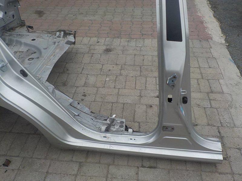 Стойка кузова средняя Toyota Blade AZE154H правая