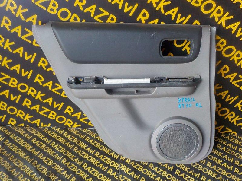 Обшивка дверей Nissan X-Trail NT30 задняя левая