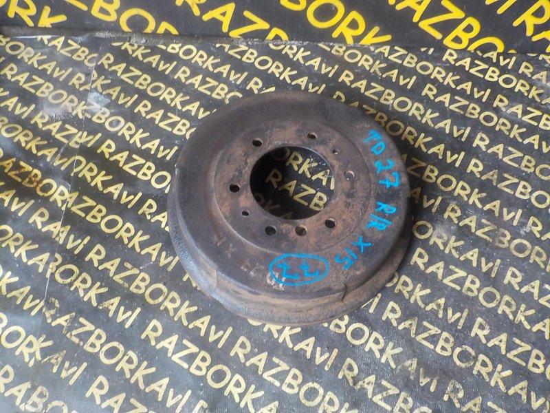 Тормозной барабан Nissan Atlas AF22 TD27 задний правый
