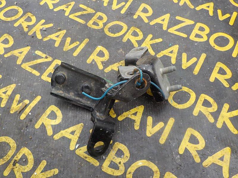 Петля дверная Toyota Sprinter Carib AE111G задняя правая