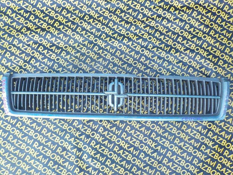 Решетка радиатора Nissan Cedric PY32 передняя