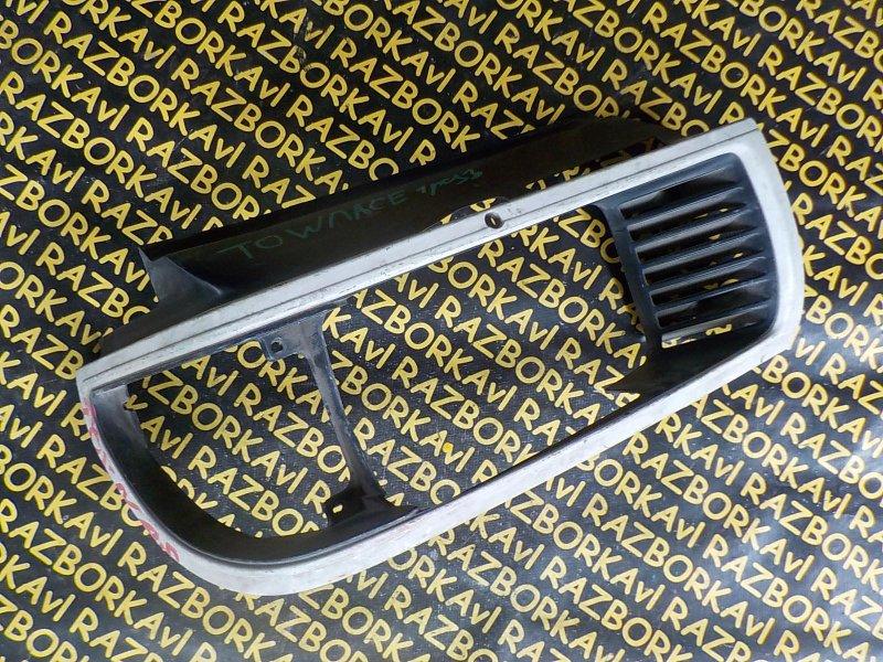 Очки на фары Toyota Town Ace YR30 передние левые