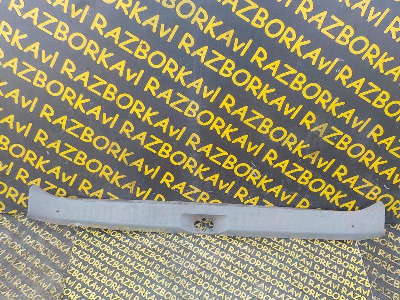 Накладка замка багажника Mazda Bongo Friendee SGLR WLT 1995