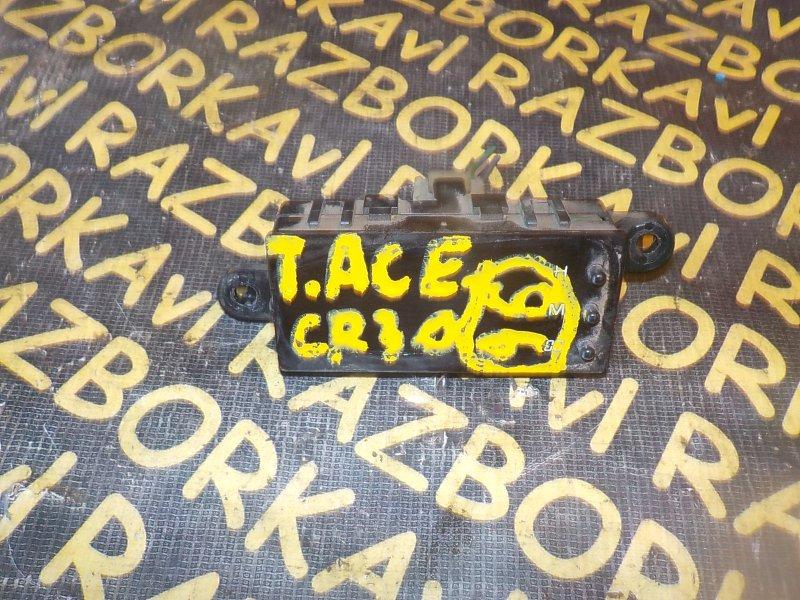 Часы Toyota Town Ace CR30