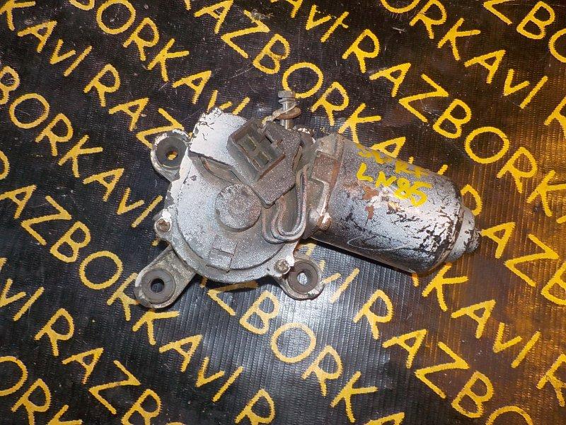 Мотор дворников Toyota Hilux LN85 передний