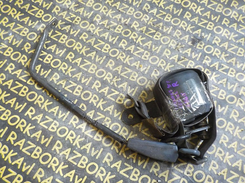 Ремень безопасности Isuzu Forward FRR12 6BG1 передний правый