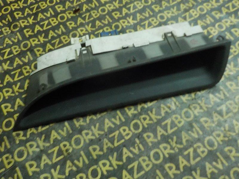 Панель приборов Toyota Nadia SXN10 3SFSE