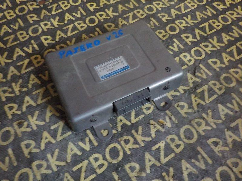 Блок управления св. накала Mitsubishi Pajero V26W 4M40T 1994