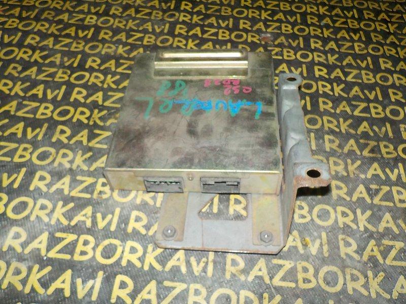 Блок управления efi Nissan Laurel SJC32 RD28 1988