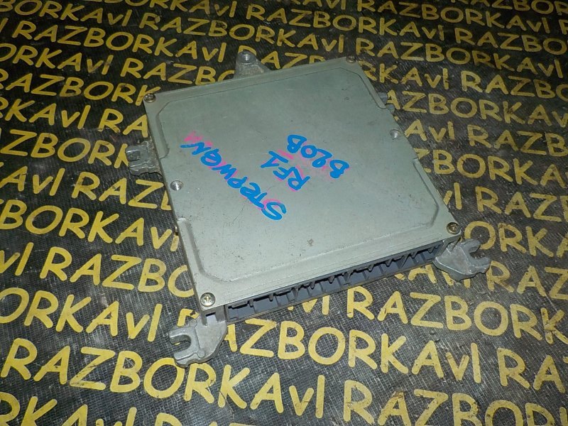 Блок управления efi Honda Stepwgn RF1 B20B