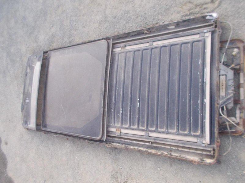Люк Nissan Elgrand ALE50 VG33E 1997