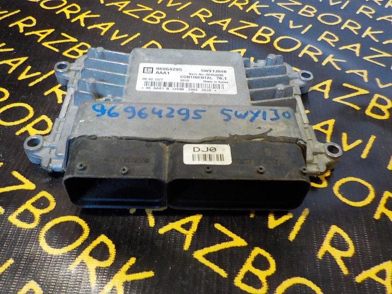 Блок управления efi Chevrolet Cruze J300 F18D4