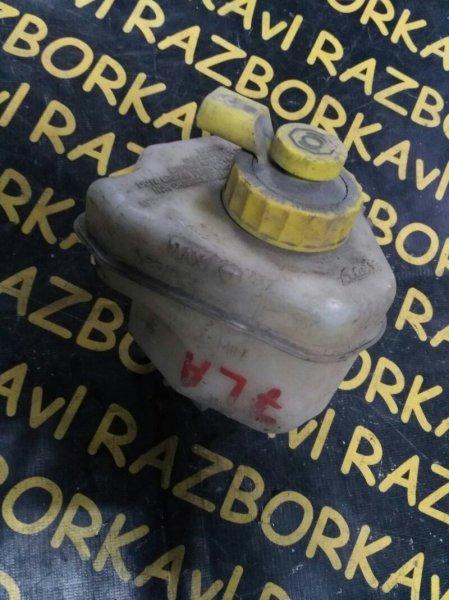 Бачок для тормозной жидкости Volkswagen Touareg 7LA AXQ 2004