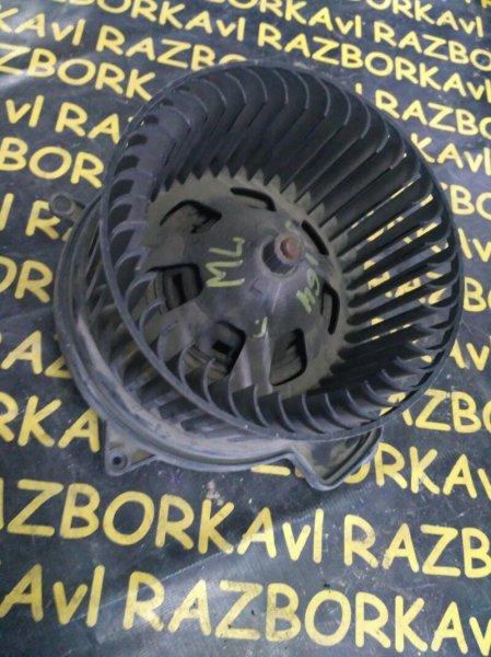 Мотор печки Mercedes Benz Ml500 W164 273 2006 передний