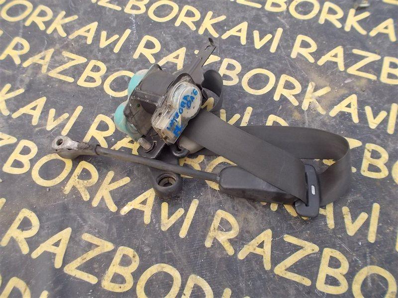 Ремень безопасности Honda Integra DA5 B16A 1990 передний левый