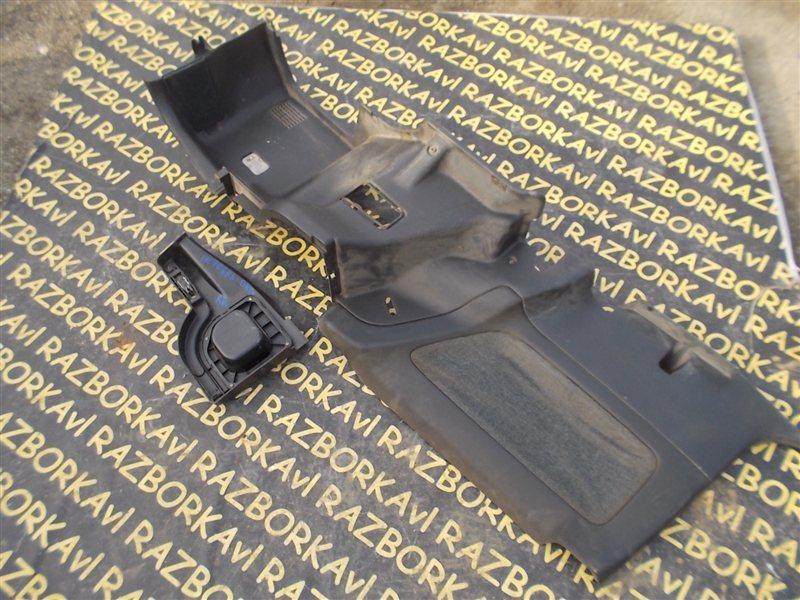 Обшивка багажника Honda Integra DA5 B16A 1990 задняя правая
