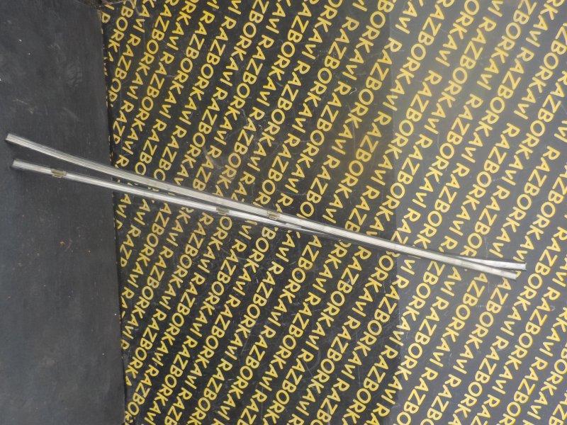 Молдинг на крышу Isuzu Bighorn USB69 4JG2