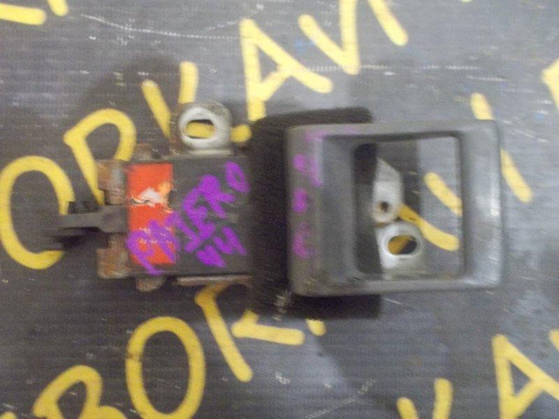 Ручка задней двери Mitsubishi Pajero V44 задняя