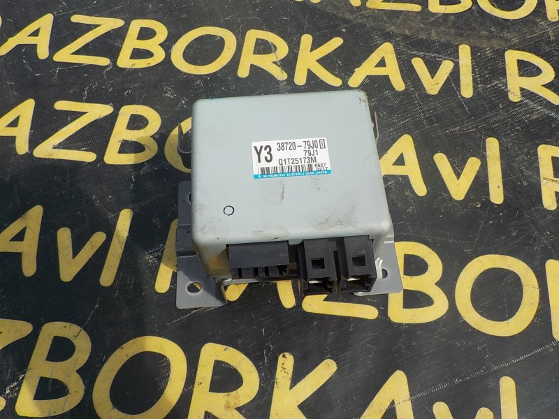 Блок управления рулевой рейкой Suzuki Sx-4 YA11S M15A 2006