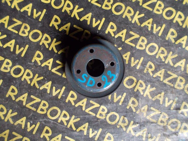 Шкив помпы Nissan Atlas YGF22 SD23