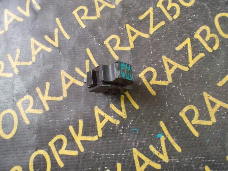 Пульт стеклоподъемника Toyota Aristo JZS147 1UZFE 1991 задний левый