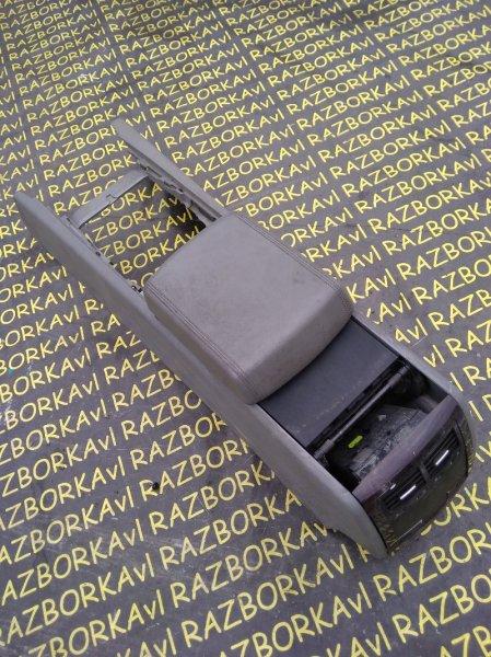 Бардачок между сиденьями Volkswagen Touareg 7LA