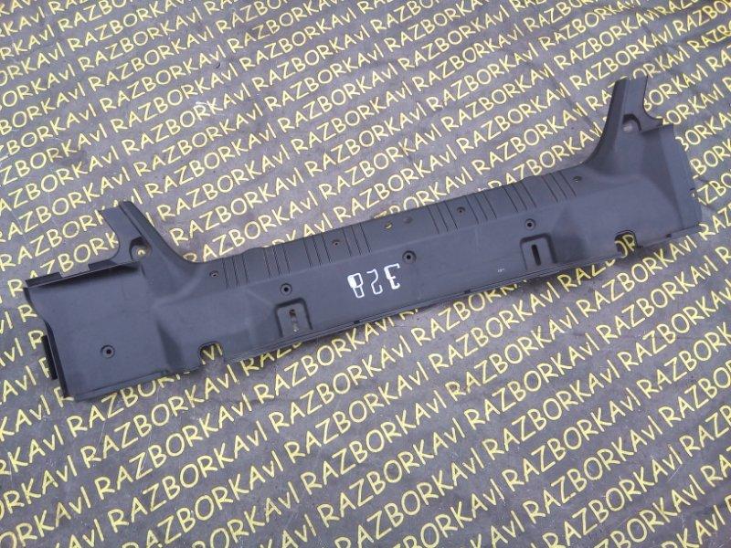 Накладка замка багажника Bmw 328 E46