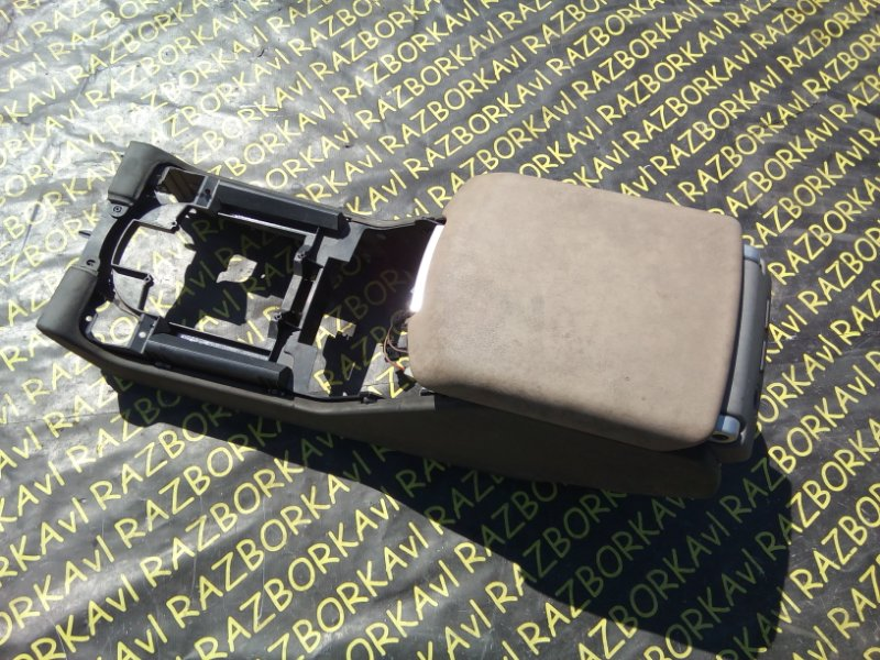 Подлокотник Land Rover Range Rover LM M62B44